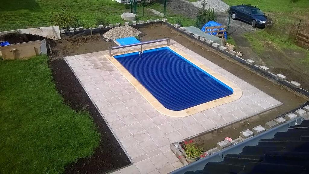 Lamelove-zakryti-bazenu-nadhladinove-1